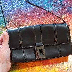 Guess Bags - Guess hand bag